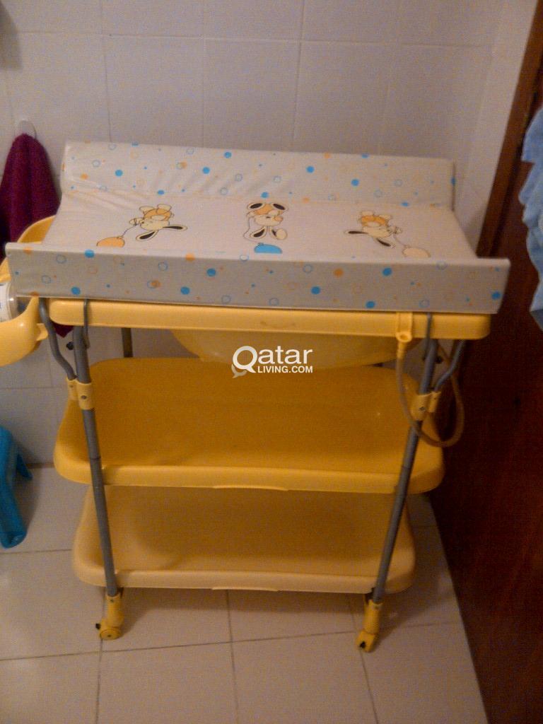 baby bath stand | Qatar Living