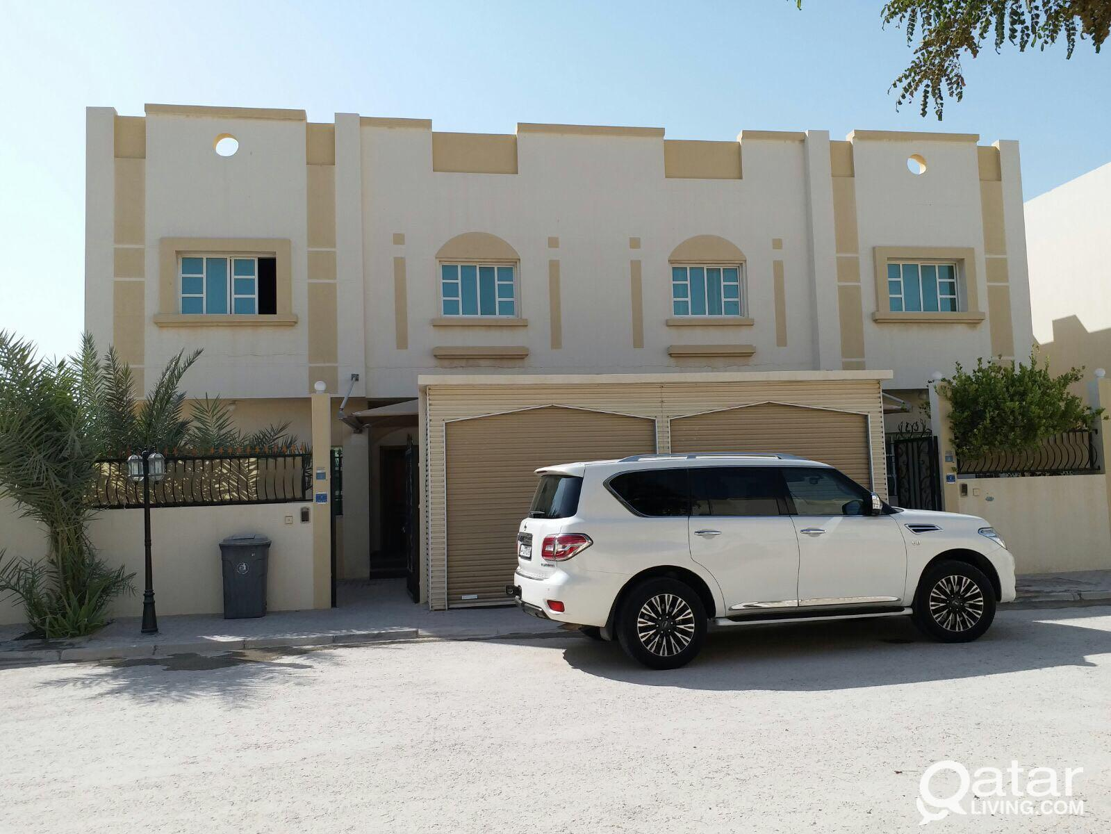 compound villas for rent to bachelors