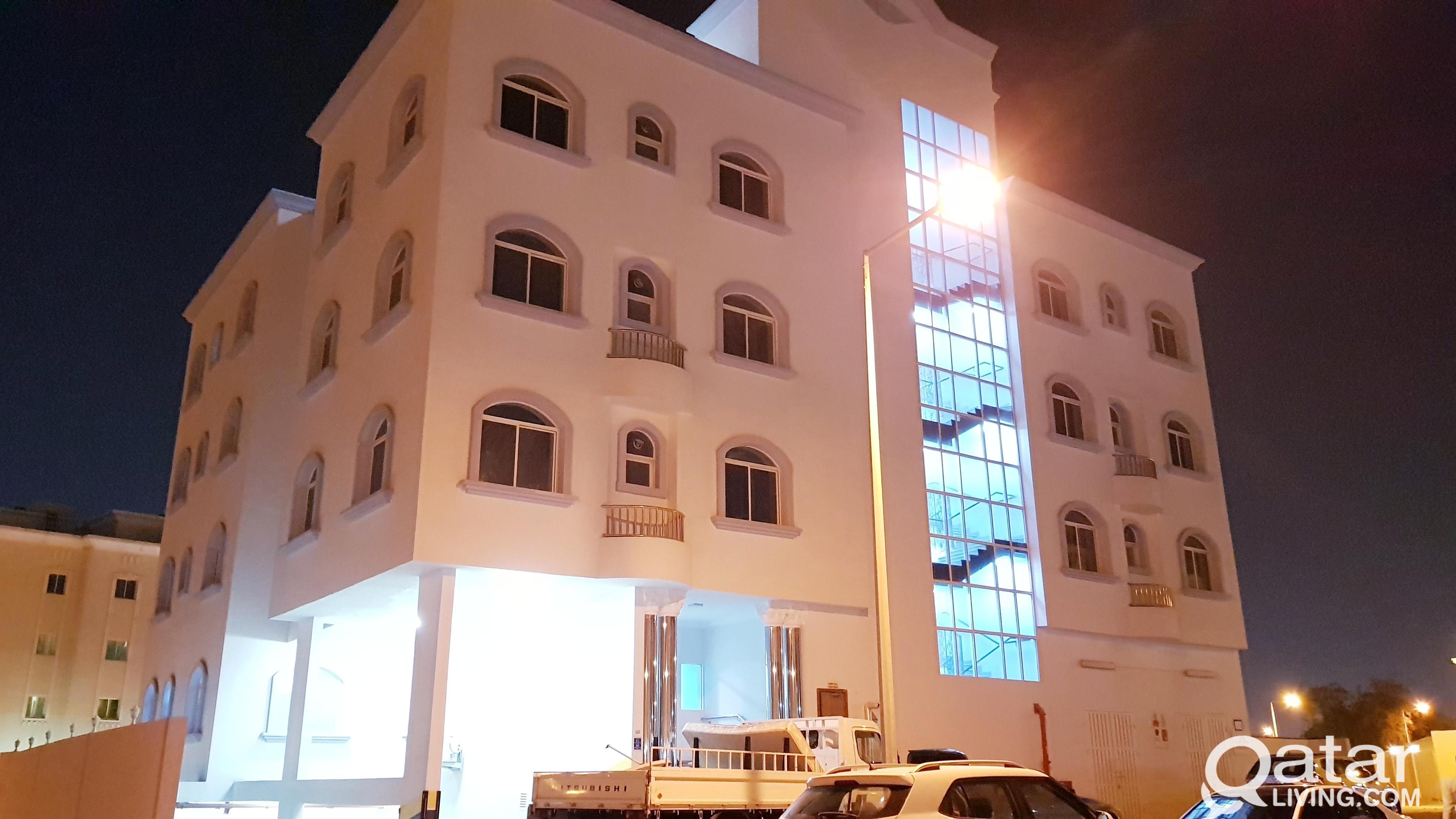 °°°3 BEDROOM APARTMENT IN WAKRAH BEHIND TOYOTA
