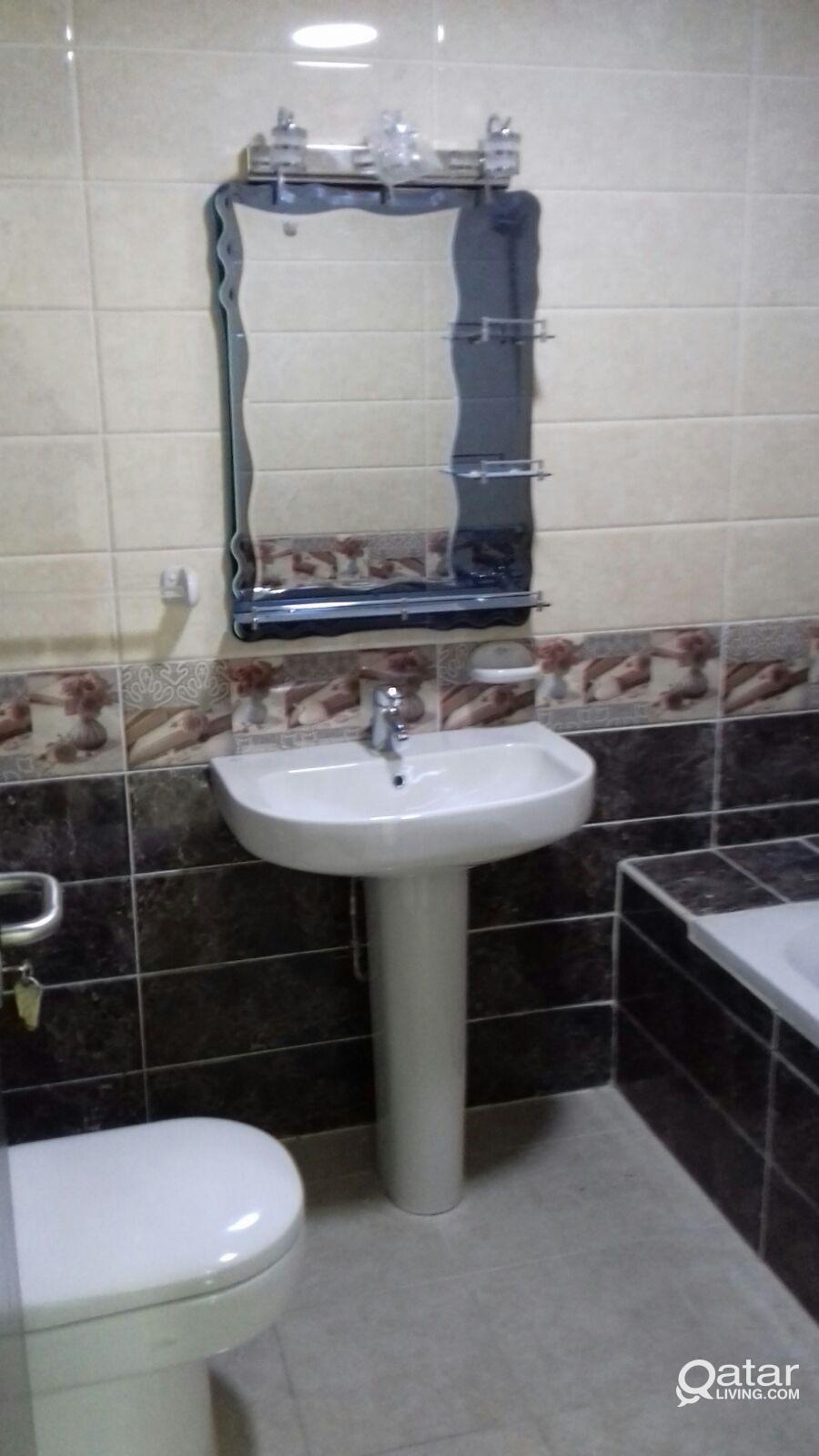 For Rent Studios Apartment in Almuntazah area