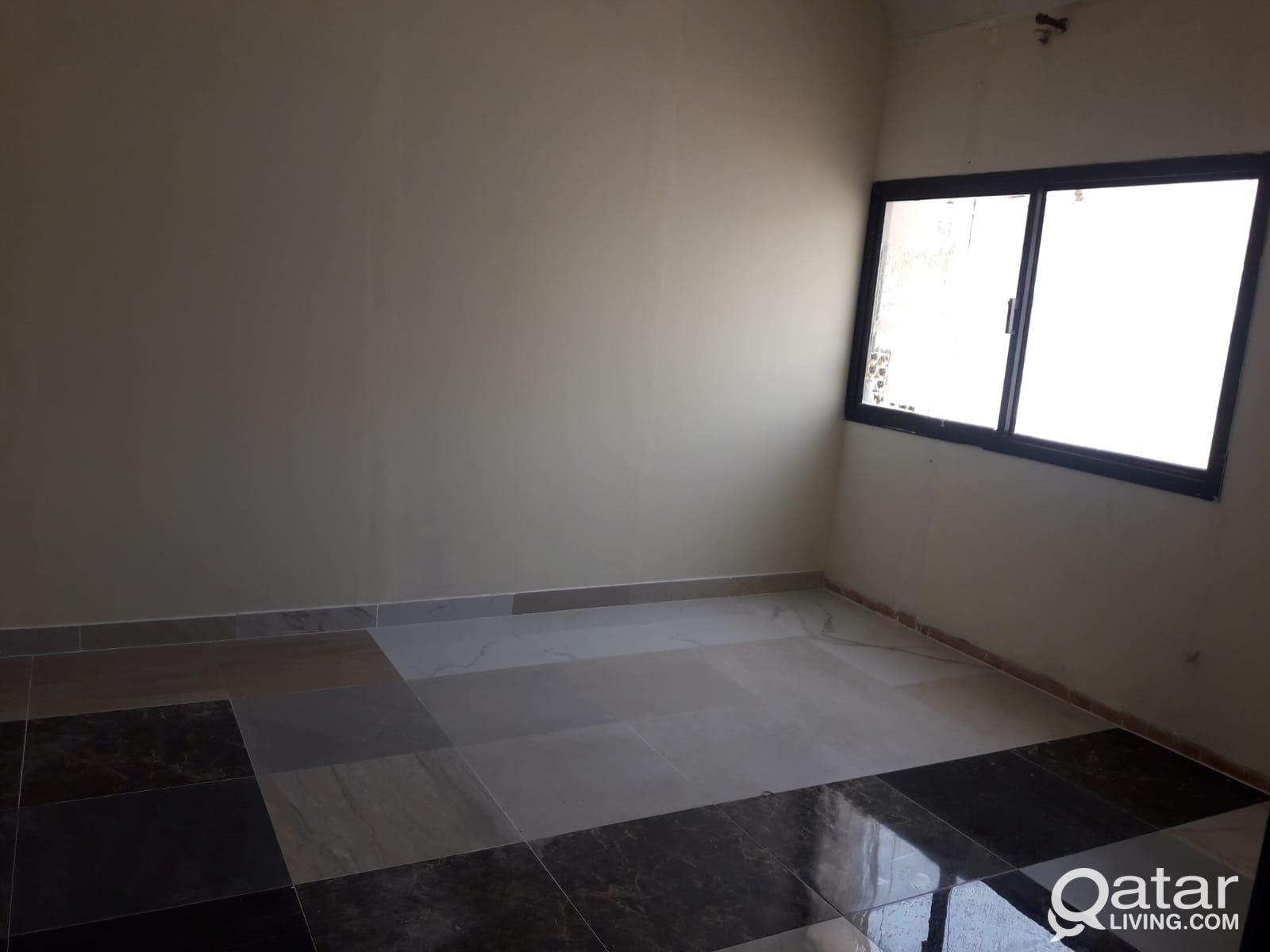 Family  studio  available near  Lulu Mathar