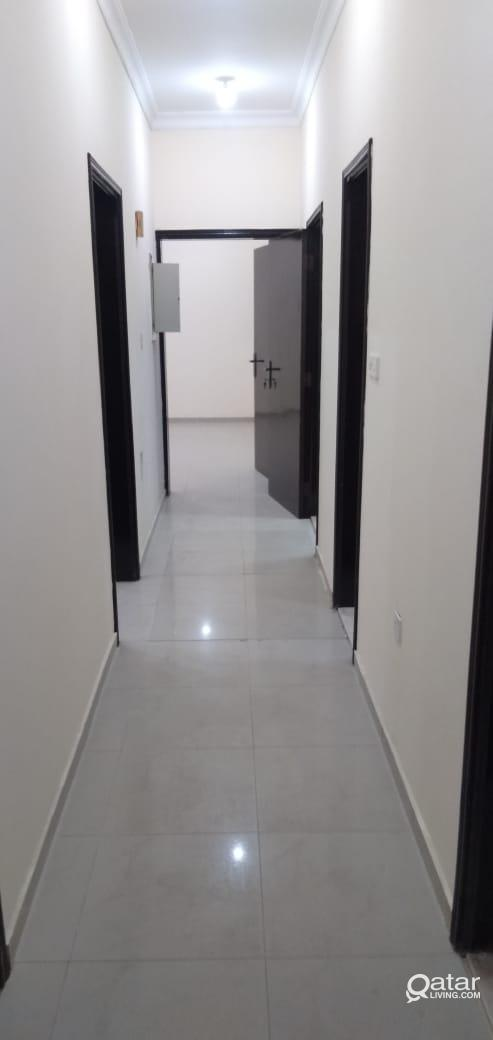 3BHKDIRECT LAND LORD- VERY NEAR TO METRO STATION F