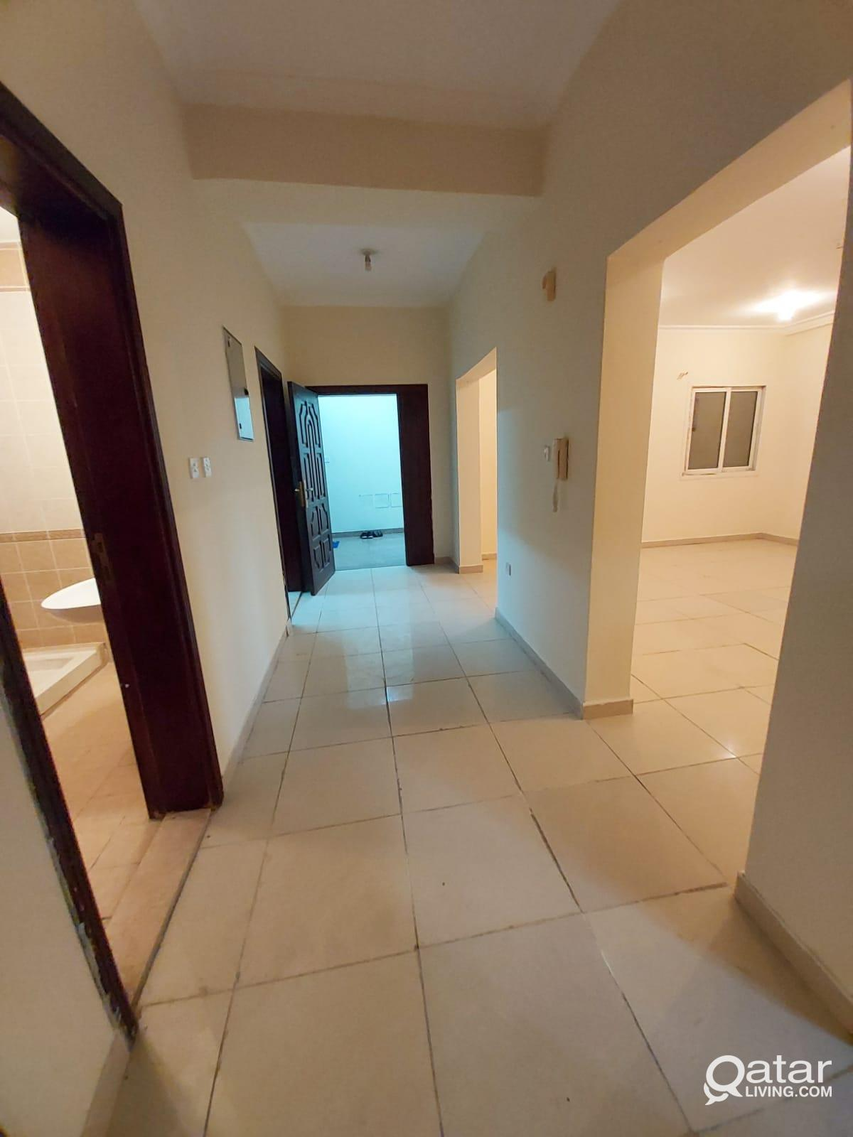 3913 Unfurnished 2 BHK Apartment for Rent in Doha