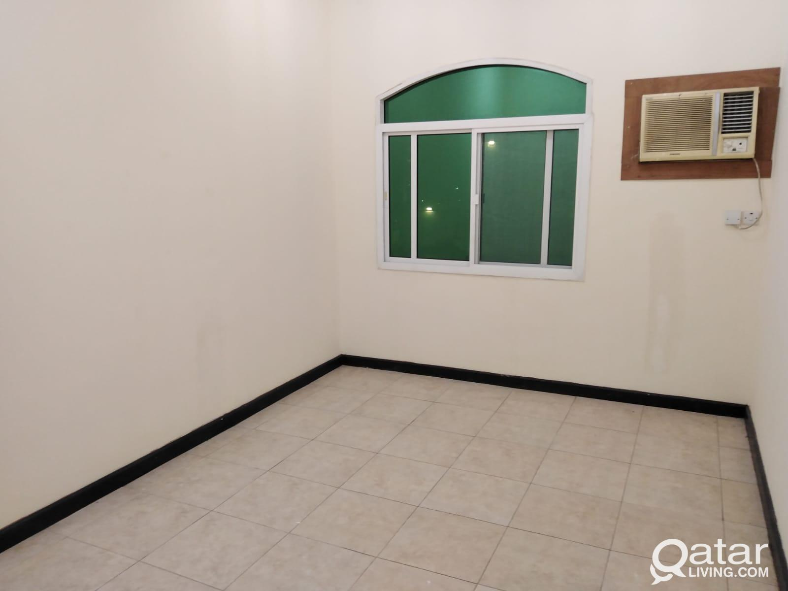 3941 Unfurnished 3 BHK Apartment for Rent in Doha