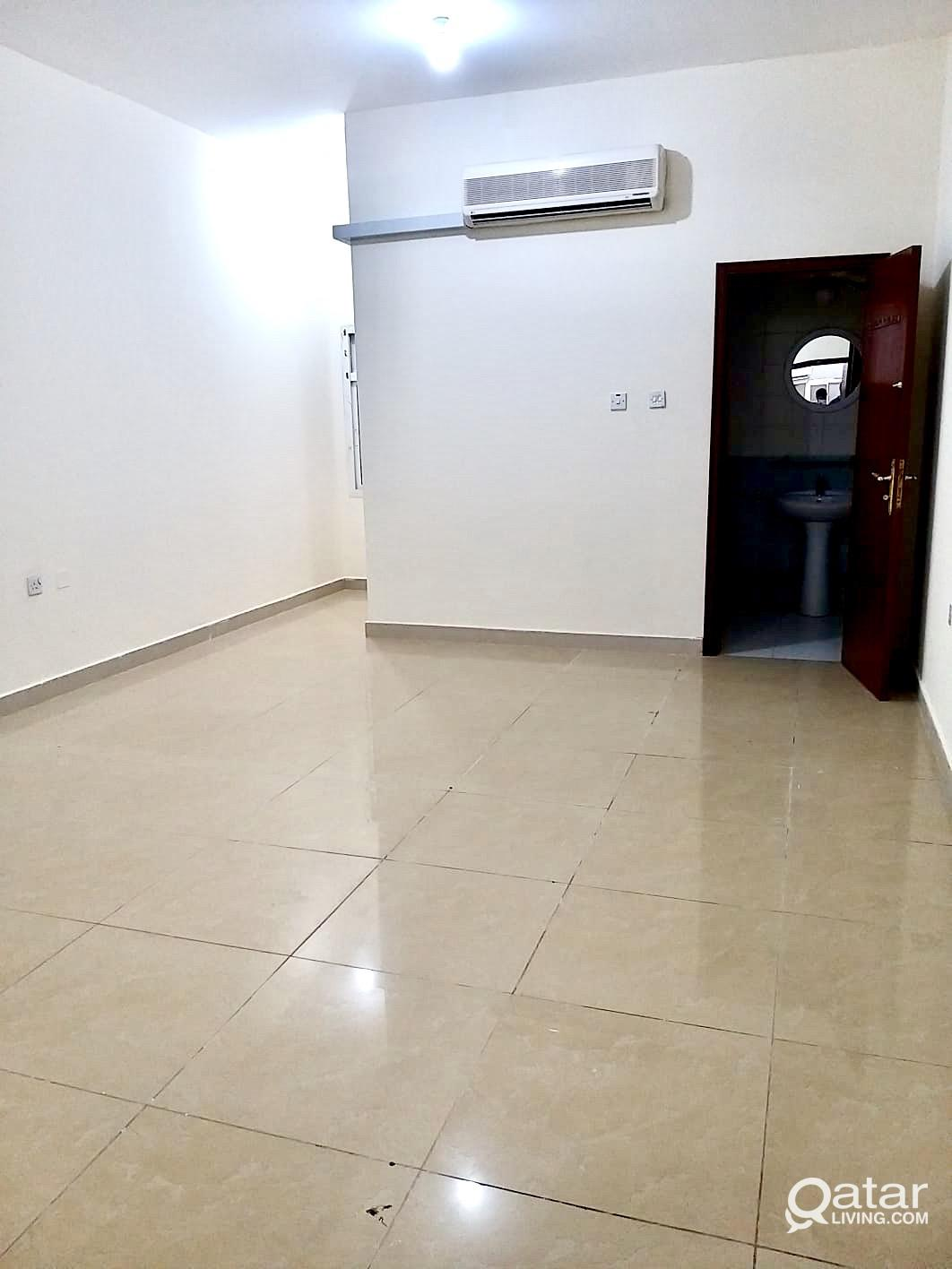 ROOM FOR (PHILIPINO )  IN ALSADD  NEAR BY METRO ST