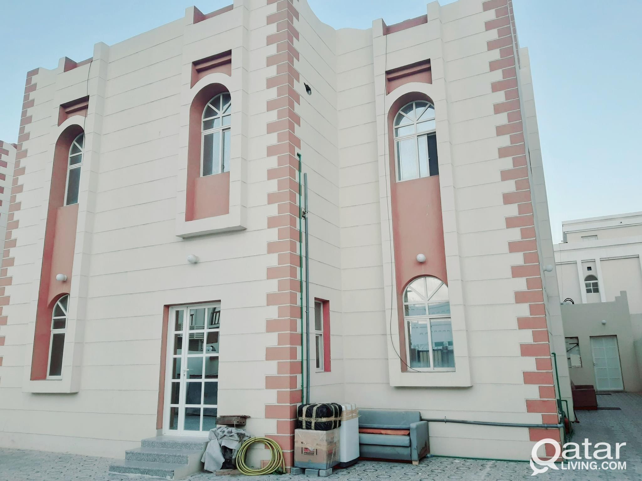 SPECIAS STUDIO AVAILABLE IN AL -THUMAMA BEHIND KHA