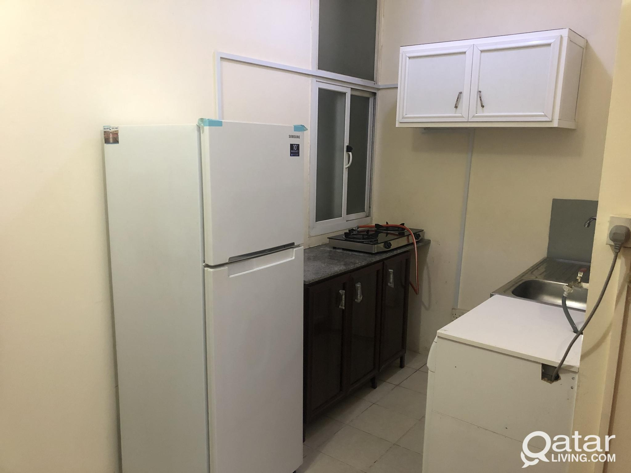 No Commission Fully Furnished STUDIO Apartment in