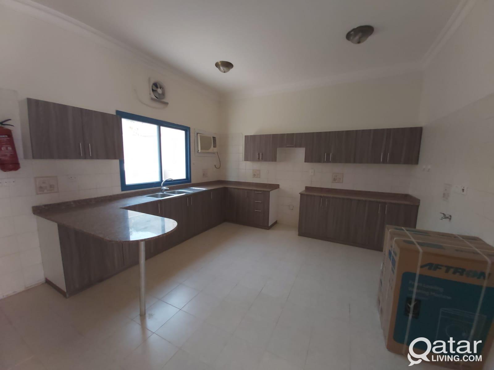 41 - Unfurnished 3 BR Compound Villa for Rent