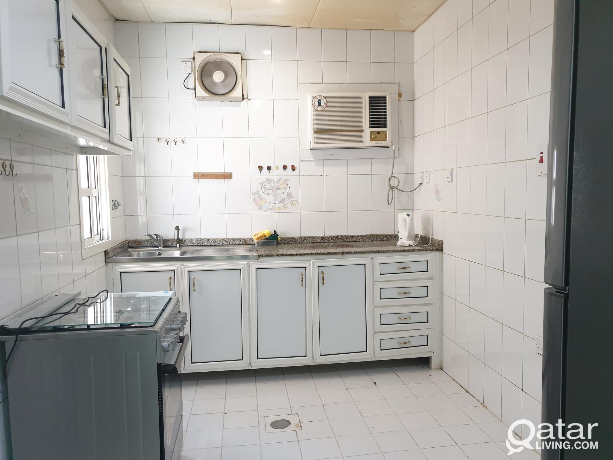 !! SPACIOUS 2BHK UNFURNISHED AVAILABLE IN BIN MAHM