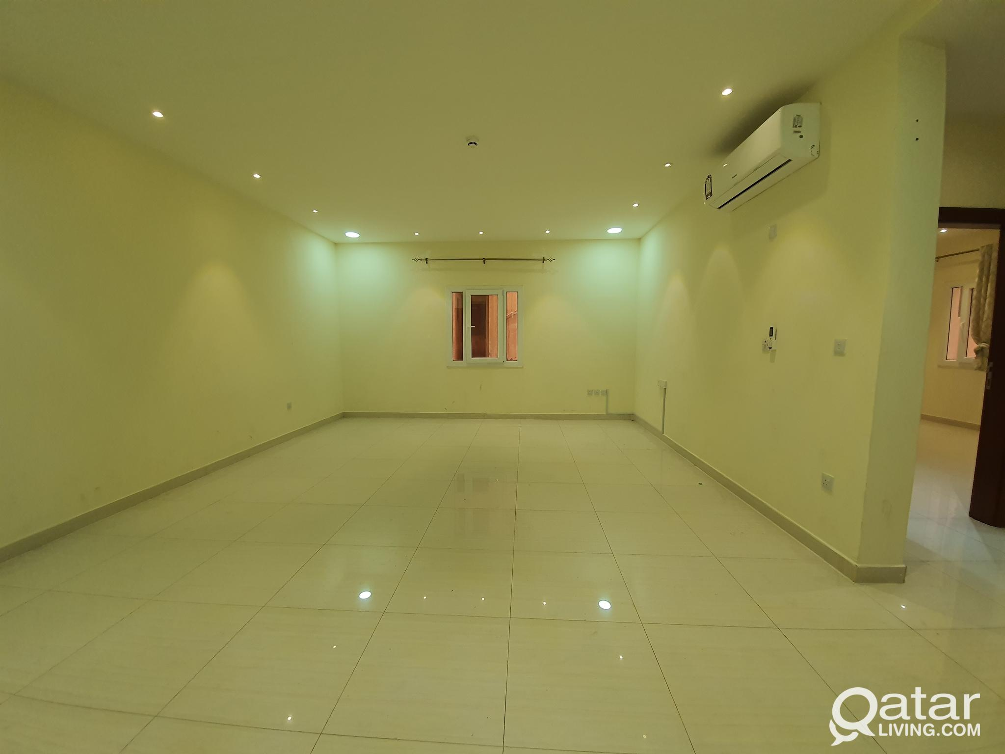 2 BHK Flat in najma -غرفتين فيى النجمه