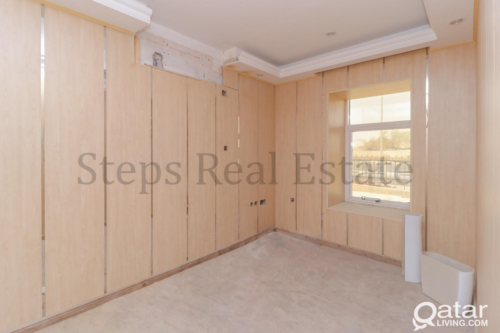 Affordable Full Commercial Villa in Maamoura