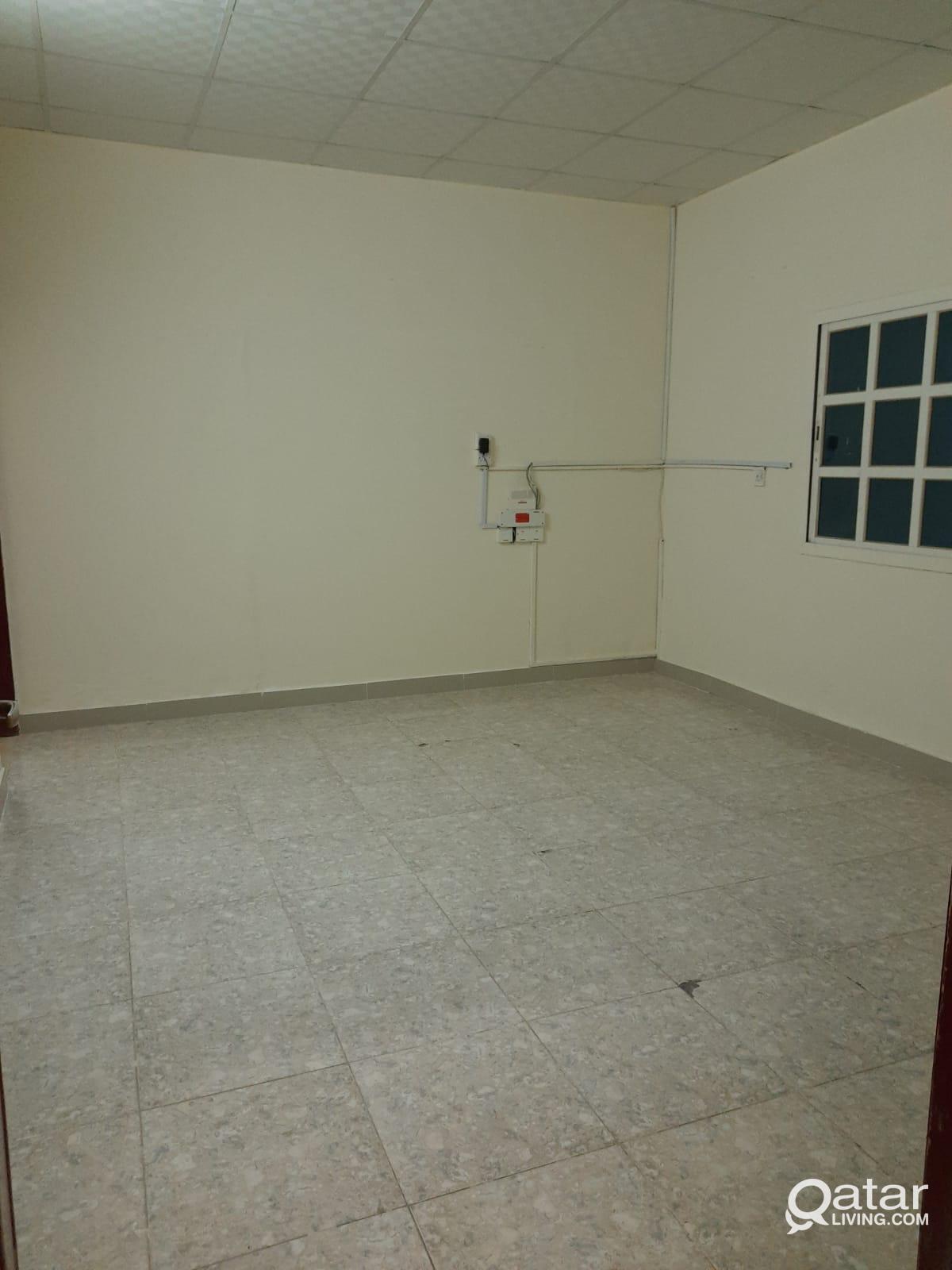 1 bhk family room madinat  khalifa  south