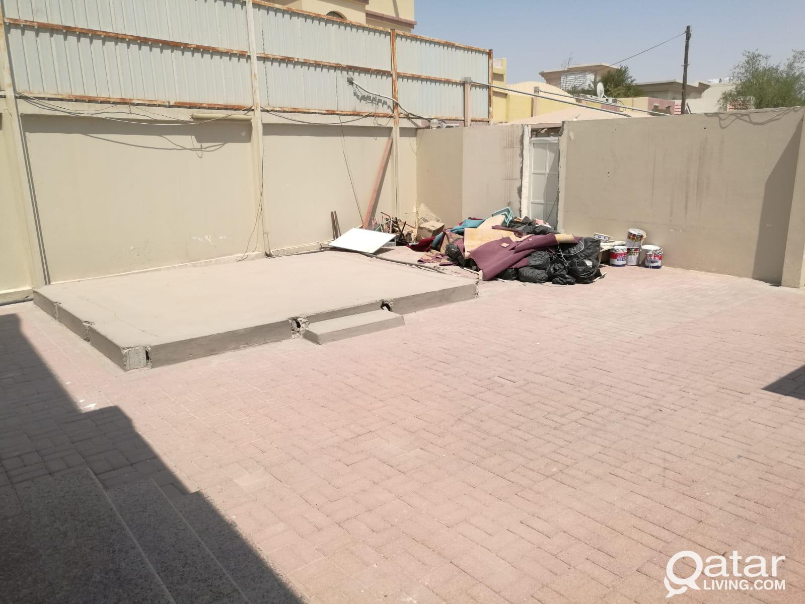 5 BR Stand alone villa with out house in Aziziya
