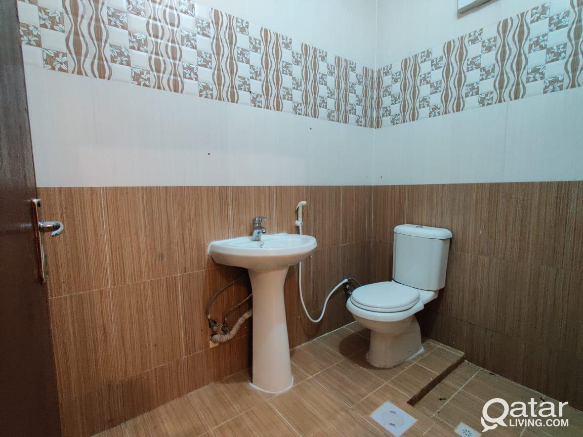 1 BHK AVAILABLE IN  HILAL CLOSE TO MAMOURA COMPLEX