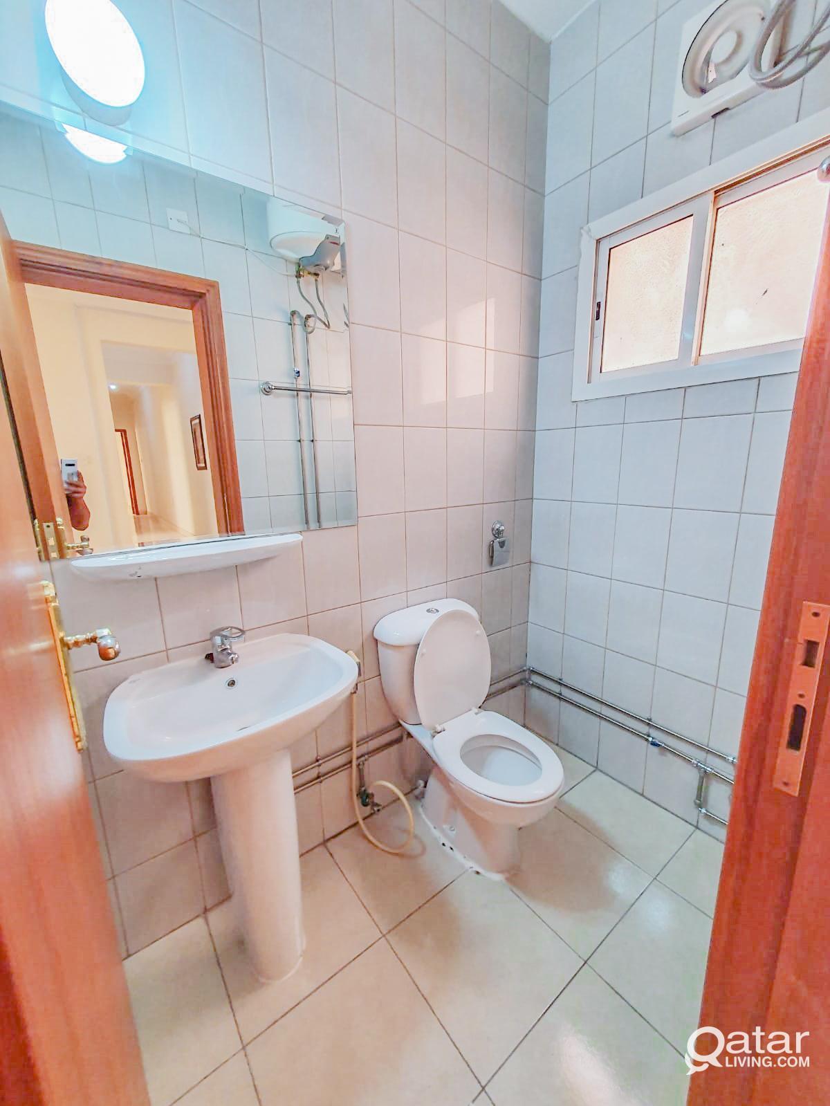 Beautiful neat and clean 2BHK Apartment in Bin Omr