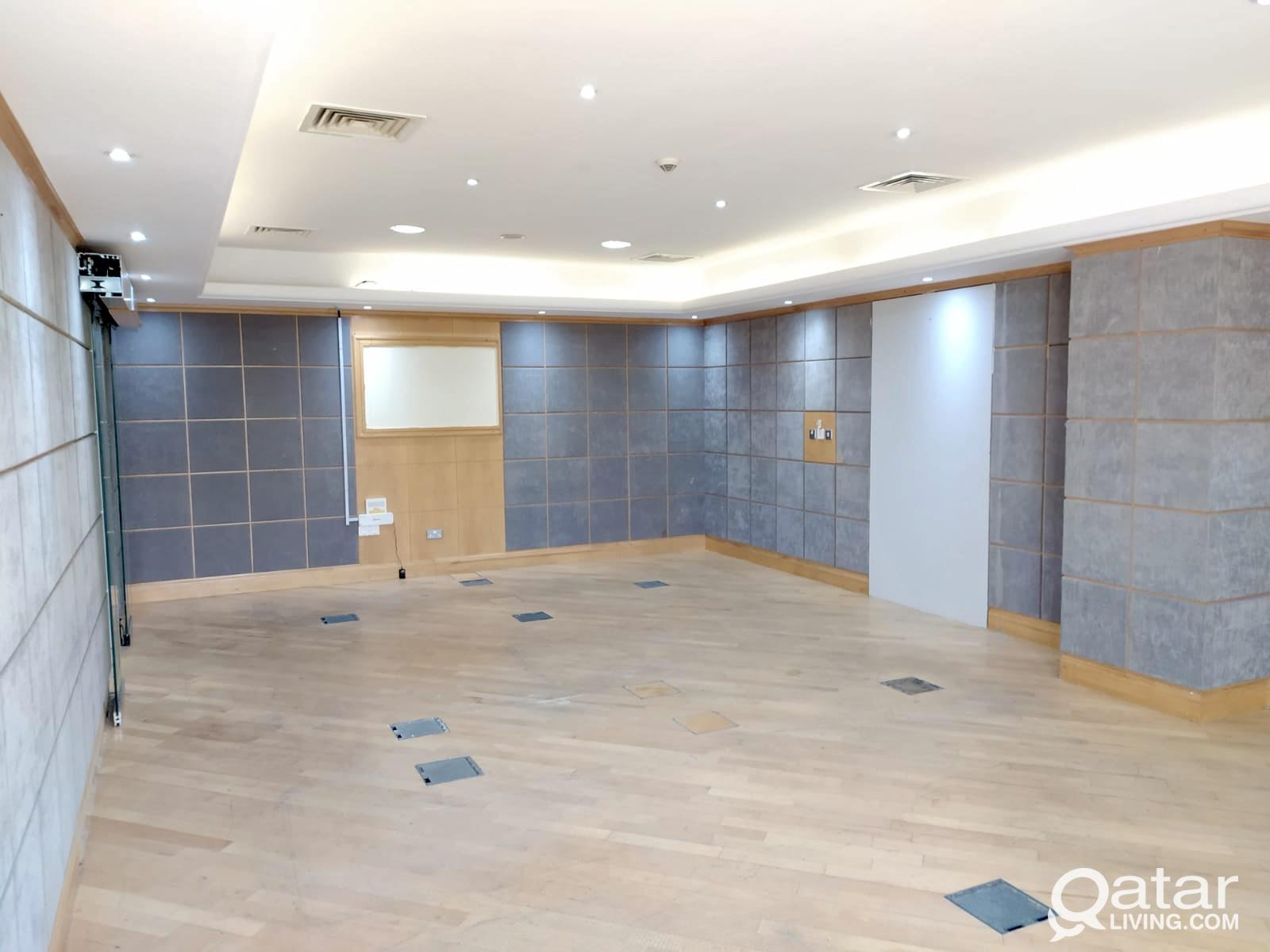 Promotion ! 140 Sqm Partitioned Office Space Avail