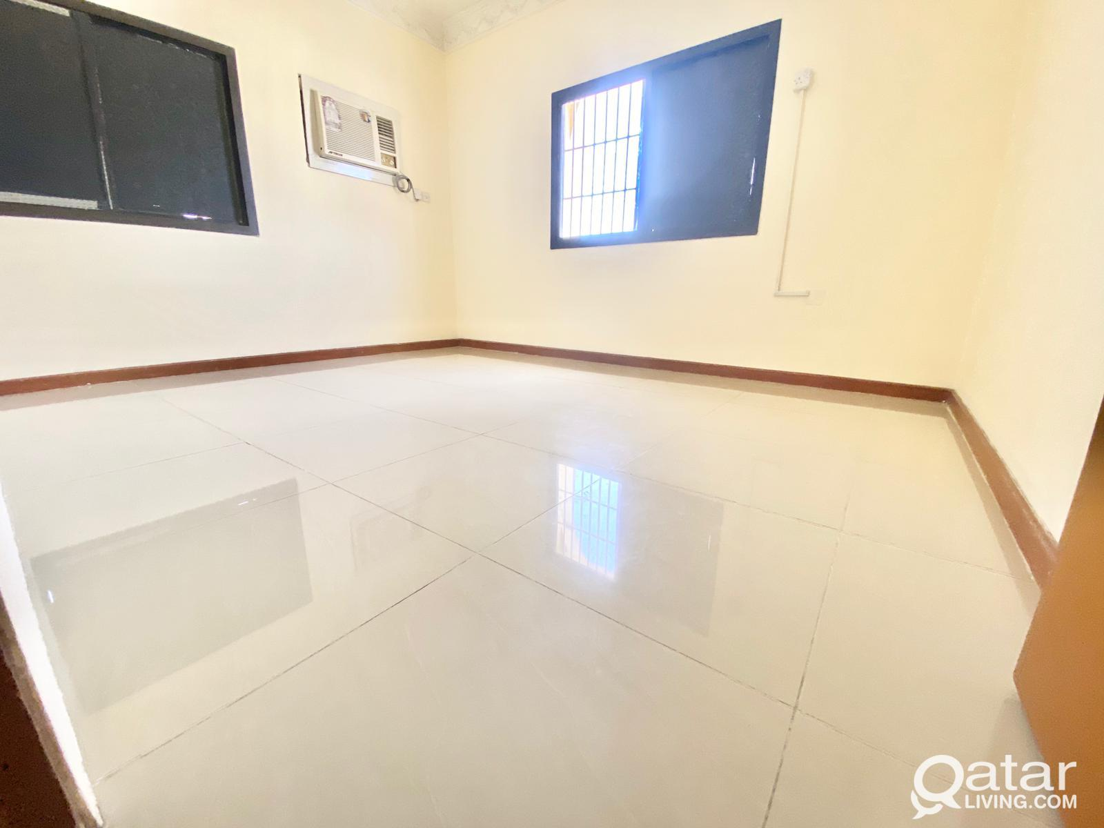 1 BEDROOM AVAILABLE IN NEW SALATHA BEHIND FAMILY P