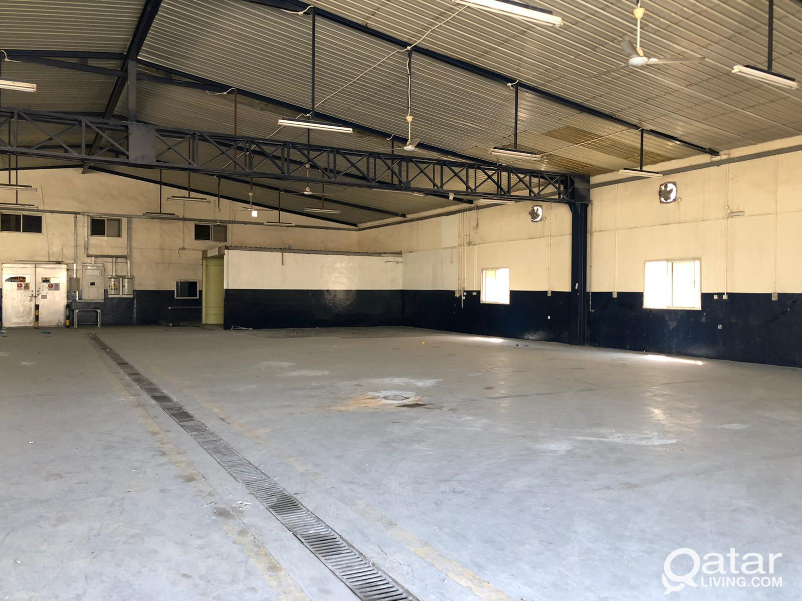 GARAGE (2000.m) FOR RENT AT OLD INDUSTRIAL AREA