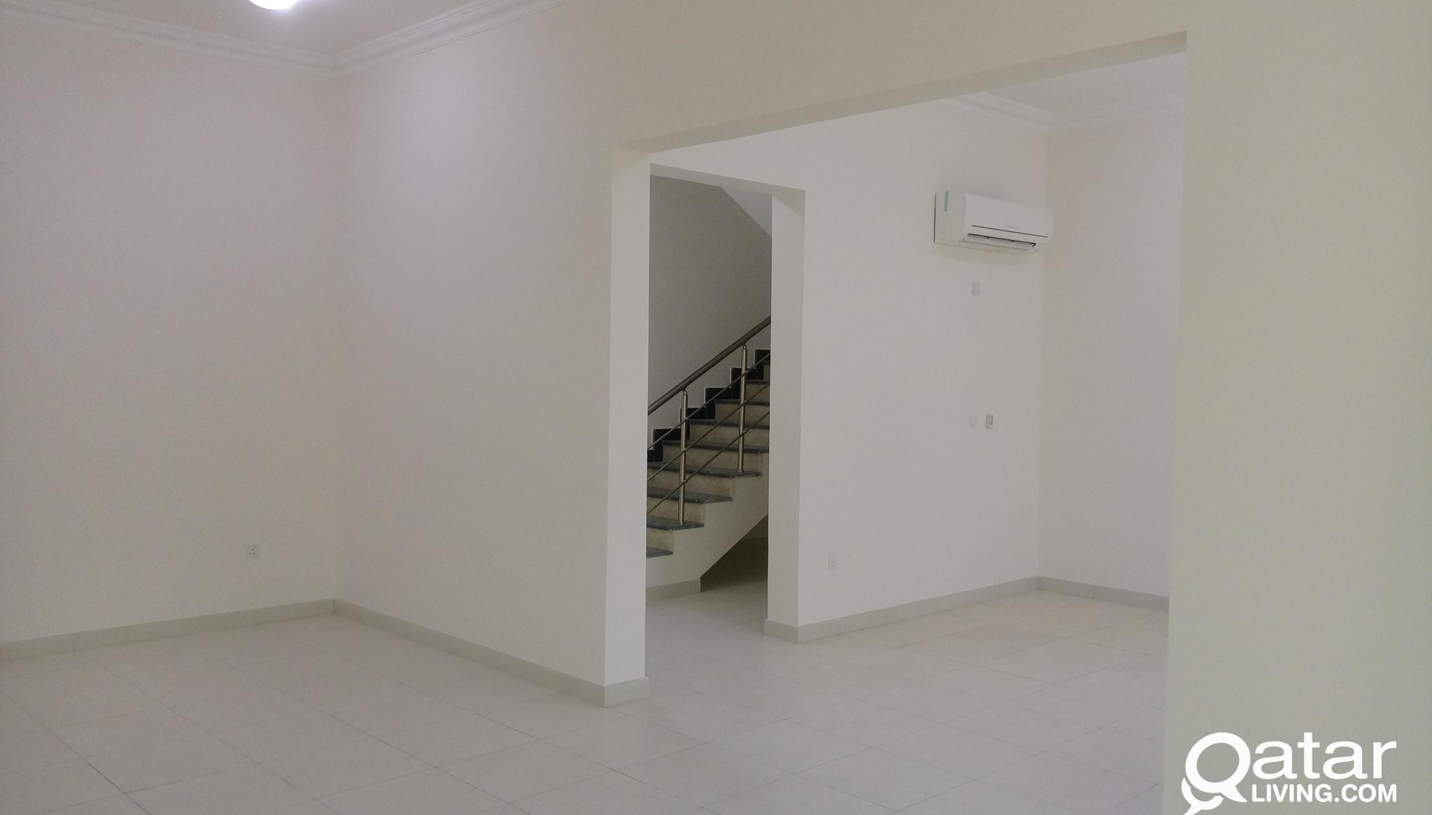 BIG 6 BED VILLA AL KHEESA NEAR IKEA (NO COMMISSION