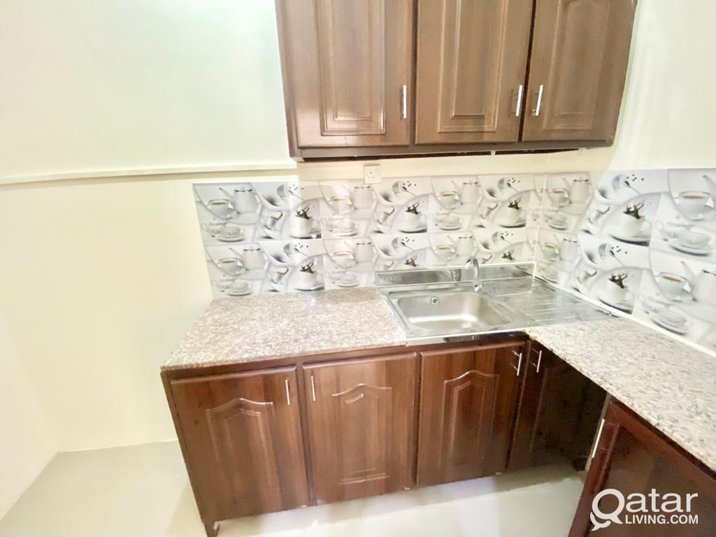 1 BHK AVAILABLE IN THUMAMA BEHIND STADIUM