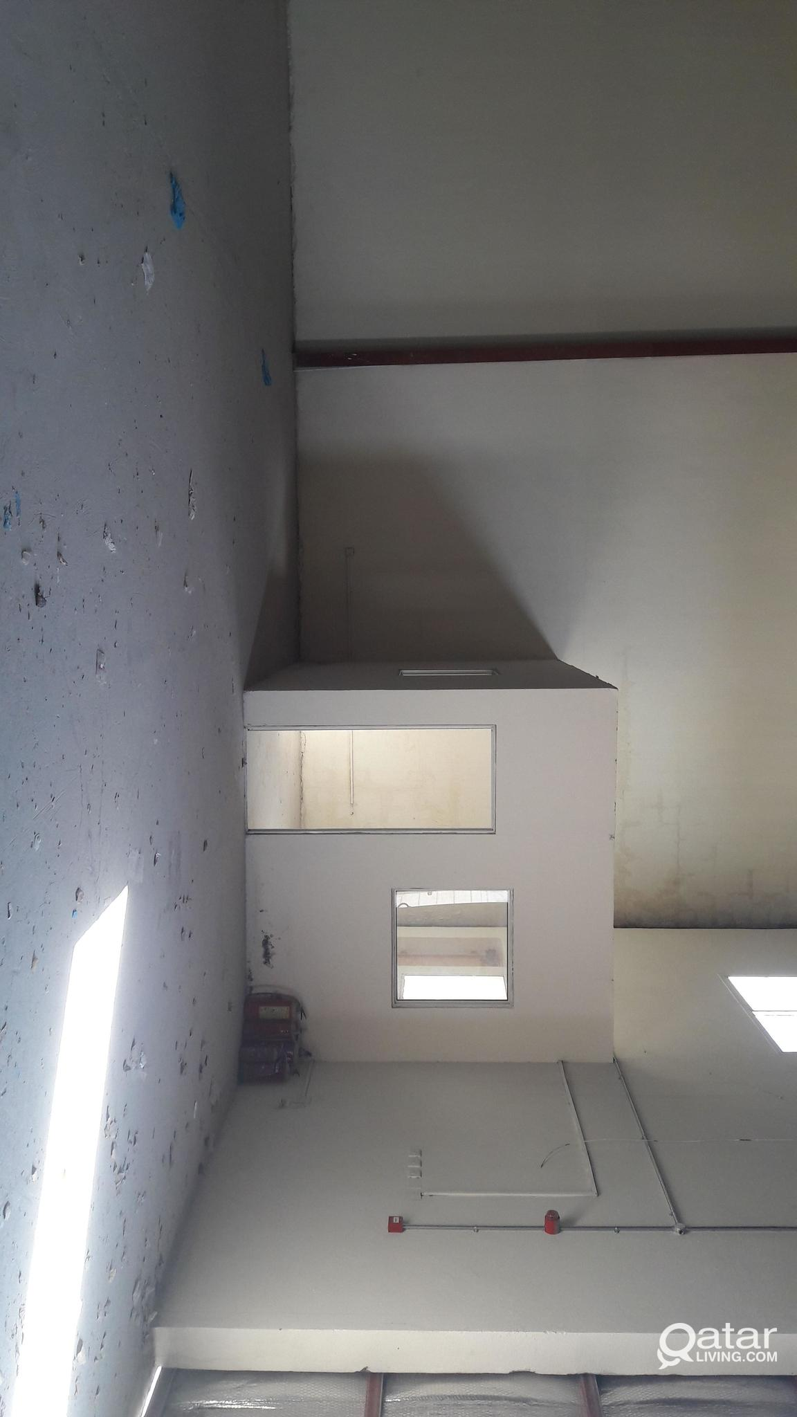 1000 sqmtr warehouse for rent at industrial area