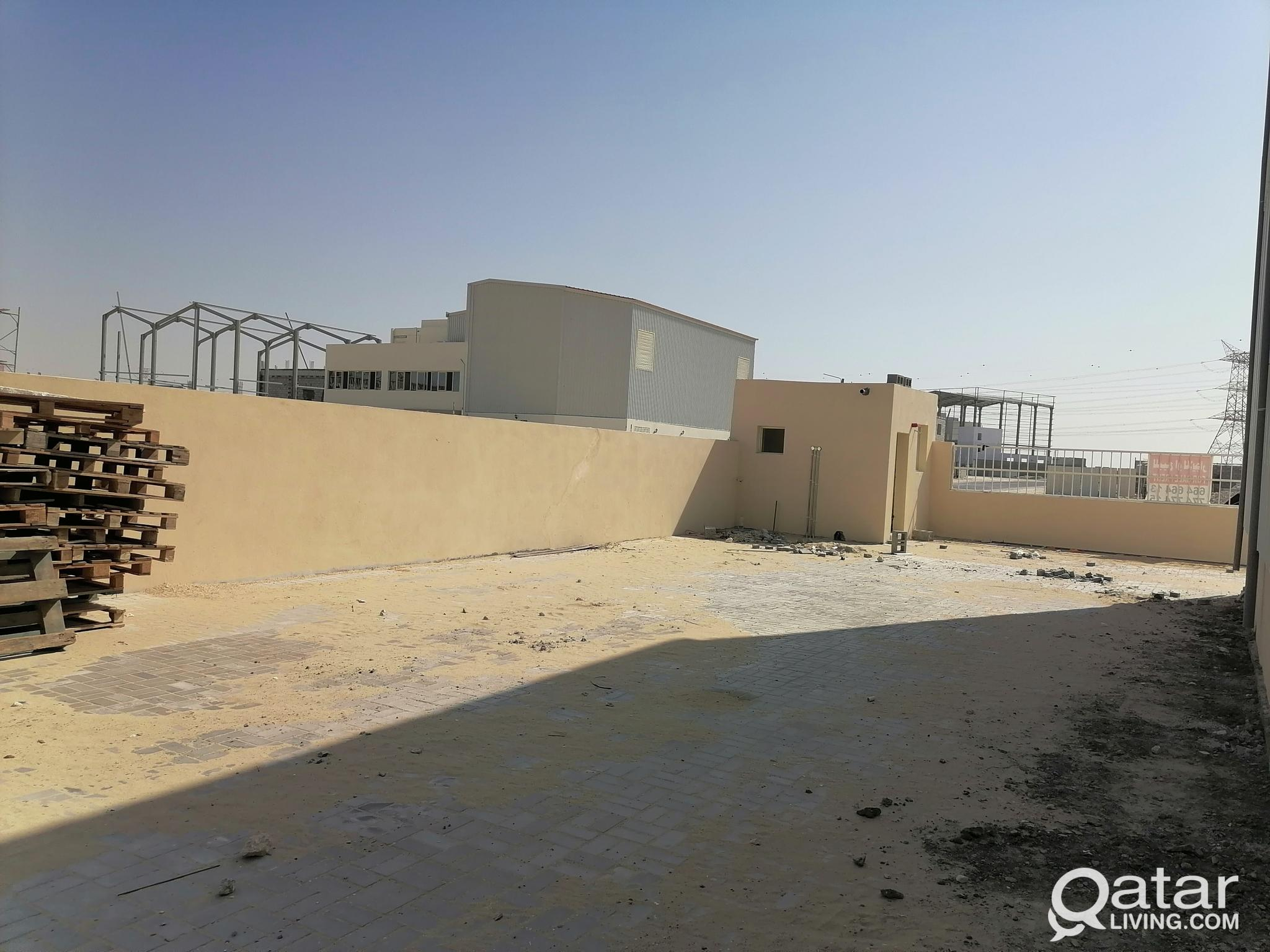 NEW WAREHOUSE +6 Rooms + office + showroom