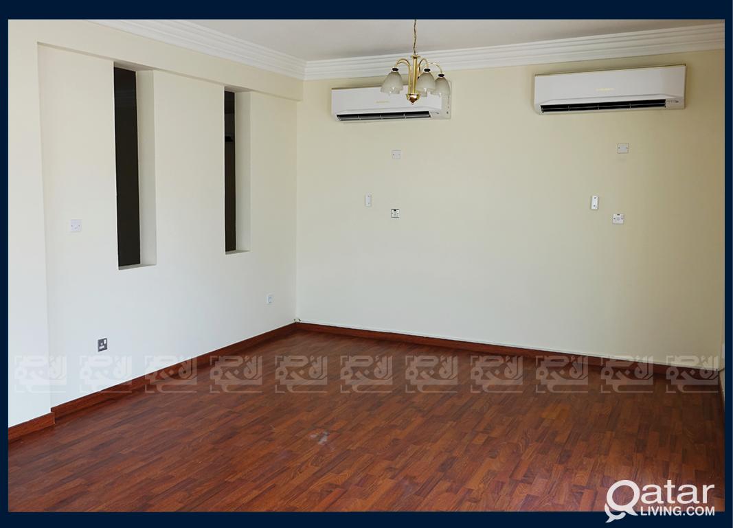 4 Bedrooms Villa in Beverly Hills Garden, Al Waab