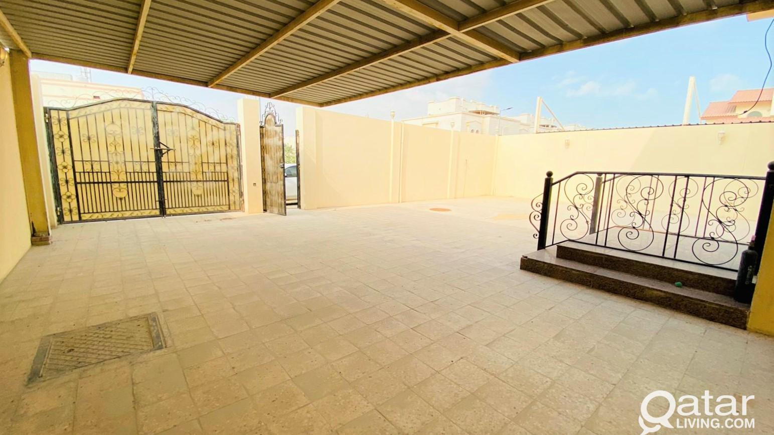 Spacious 5+1BR Family Villa - Abu Hamour