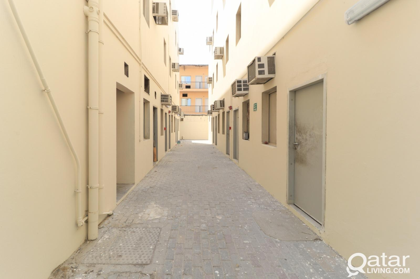 A Very Well Maintained 70 Rooms For Rent