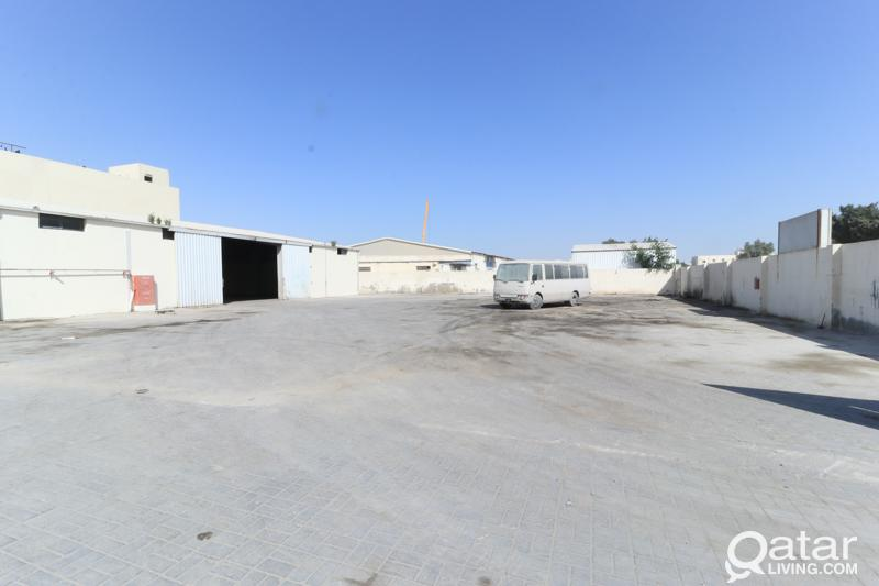 3600Sqm Carpentry Storage & 30 Rooms in Industrial