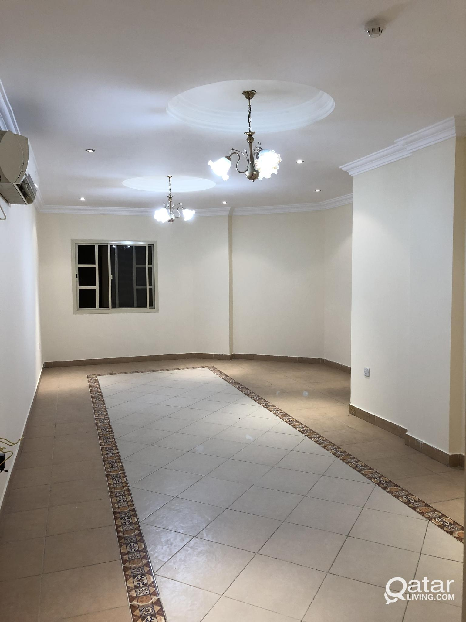 3 BEDROOM 3 WASHROOM FLAT AVAILABLE IN MANSOURA. O
