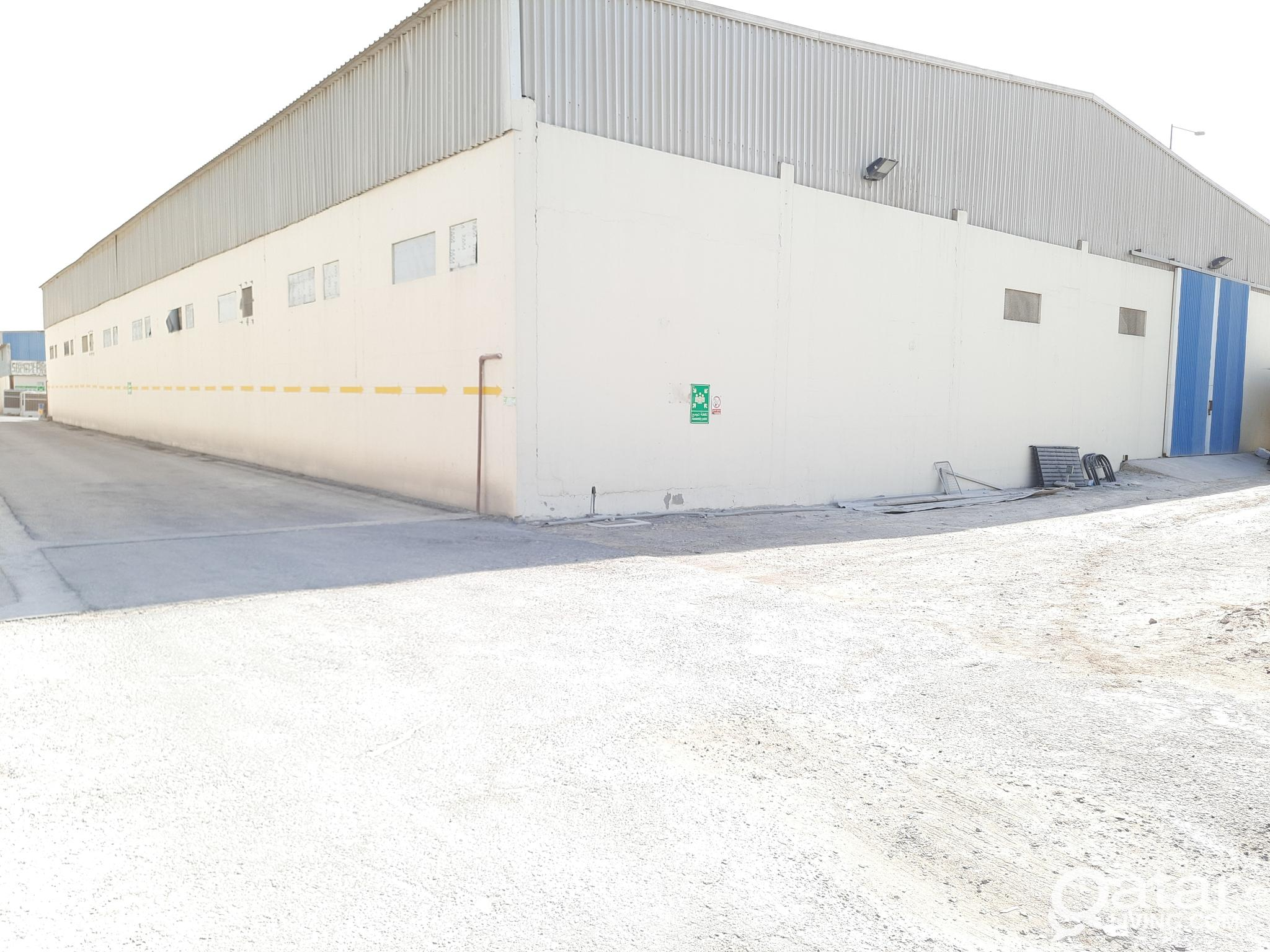 2500 sqmtr warehouse for rent