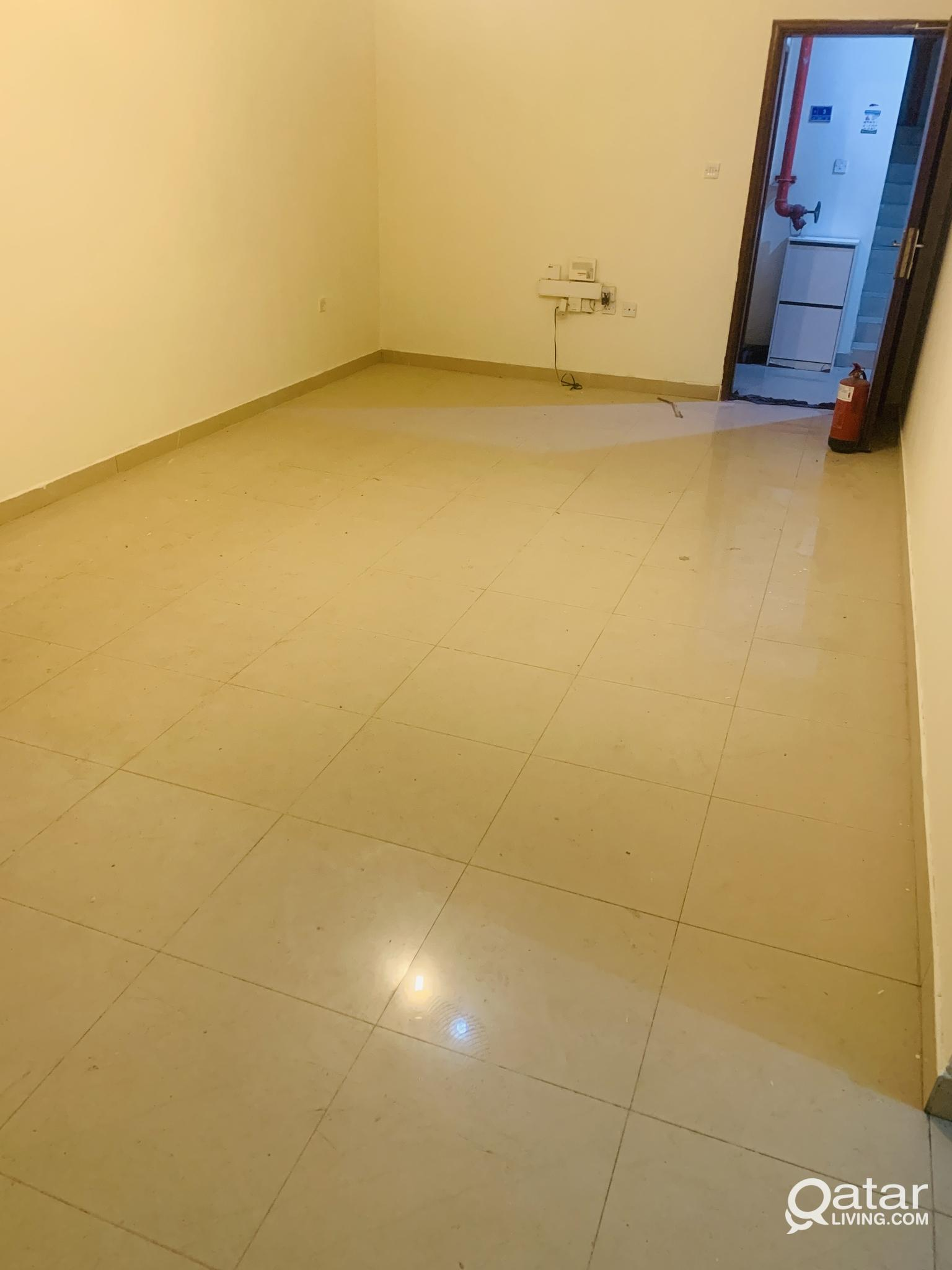 2 BHK GROUND FLOOR FAMILY FLAT AT OLD AIRPORT
