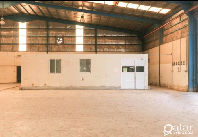 4400 SQM WORKSHOP/  STORE FOR RENT IN INDUSTRIAL A