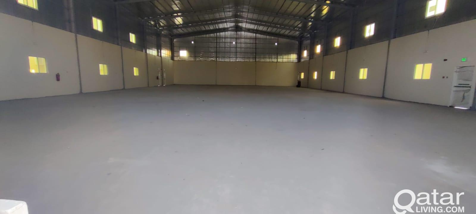 1000 Store / Garage For Rent