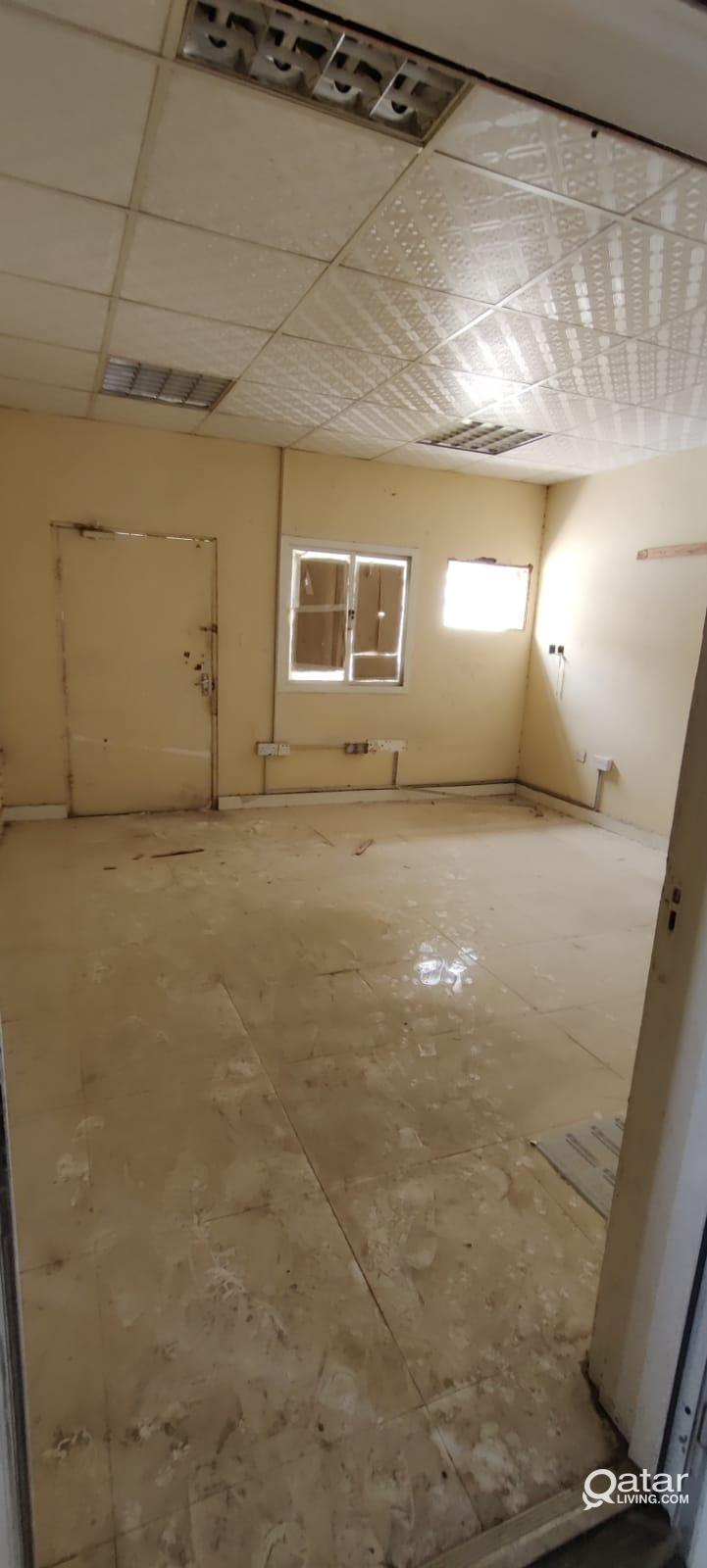 300 Workshop & 2 Room For Rent