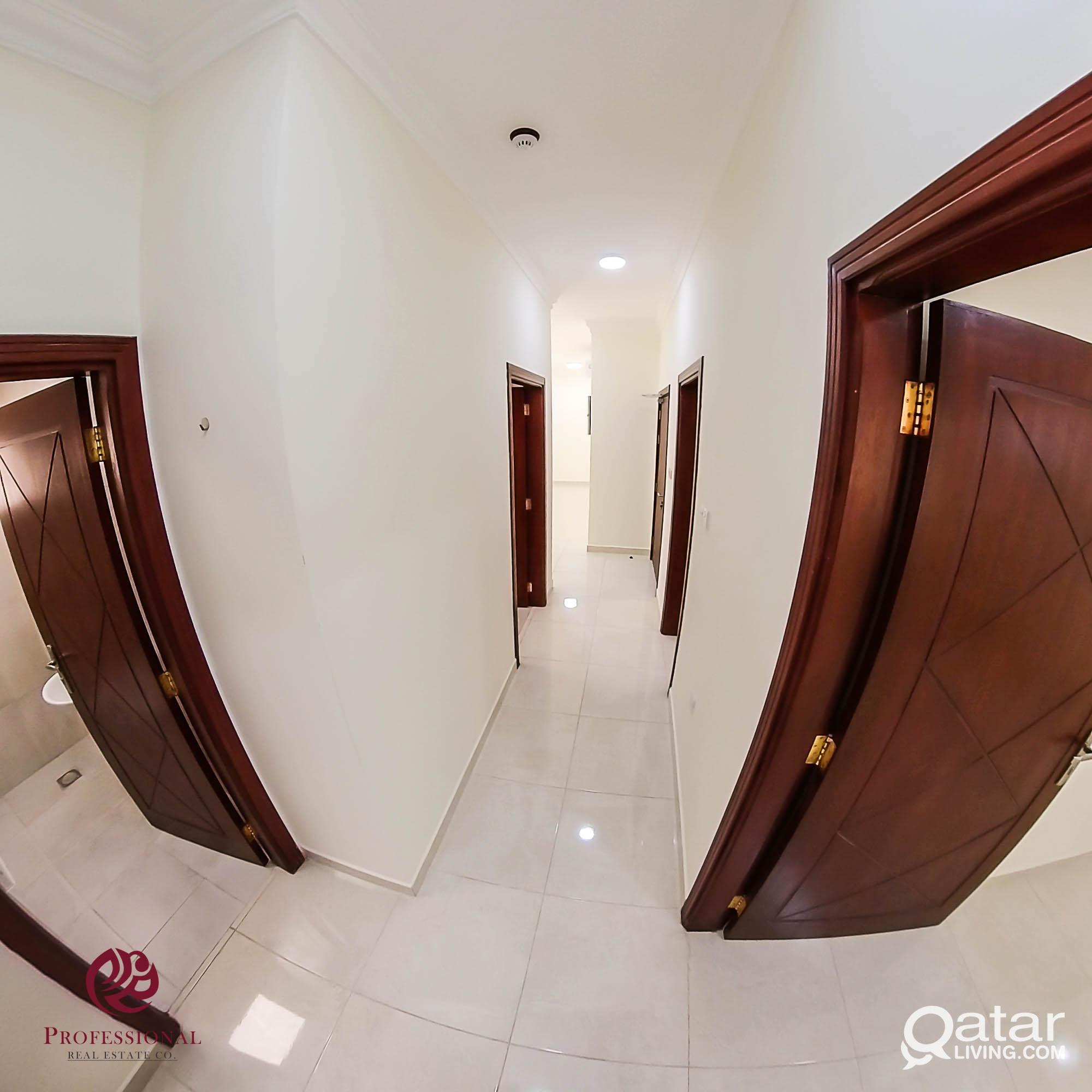 Unfurnished, 2 BHK Apartment in Umm Ghuwailina nea