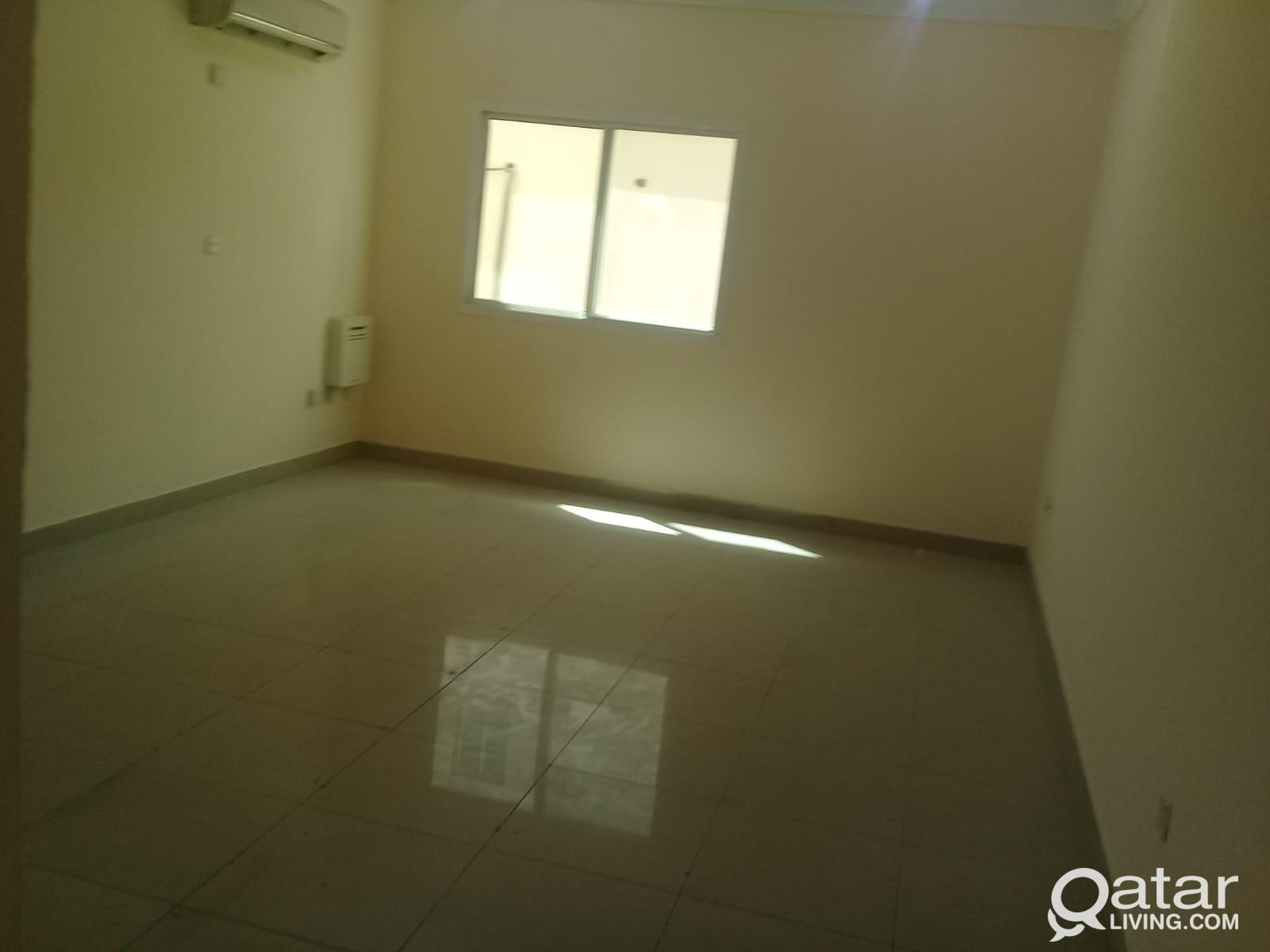 One month Free!! UNF 3BHK Available in Muntaza