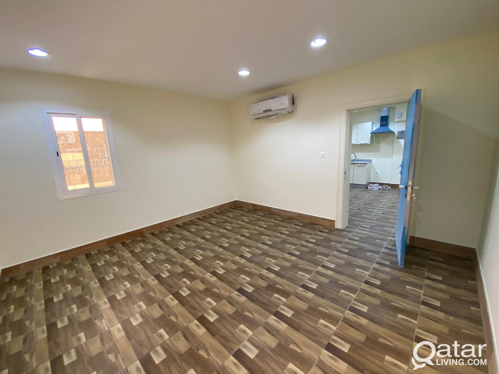 Free utilities!! Super Spacious 1BHK Penthouse Wit