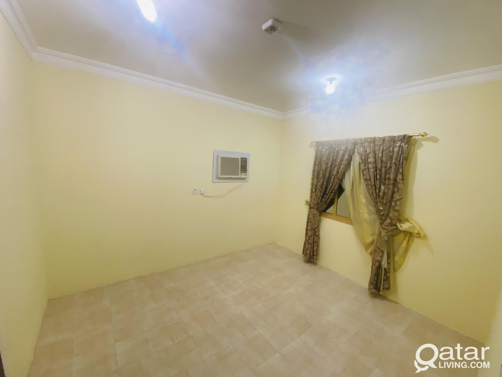 3 BHK AVAILABLE IN OLD AIRPORT NEAR MUROUR