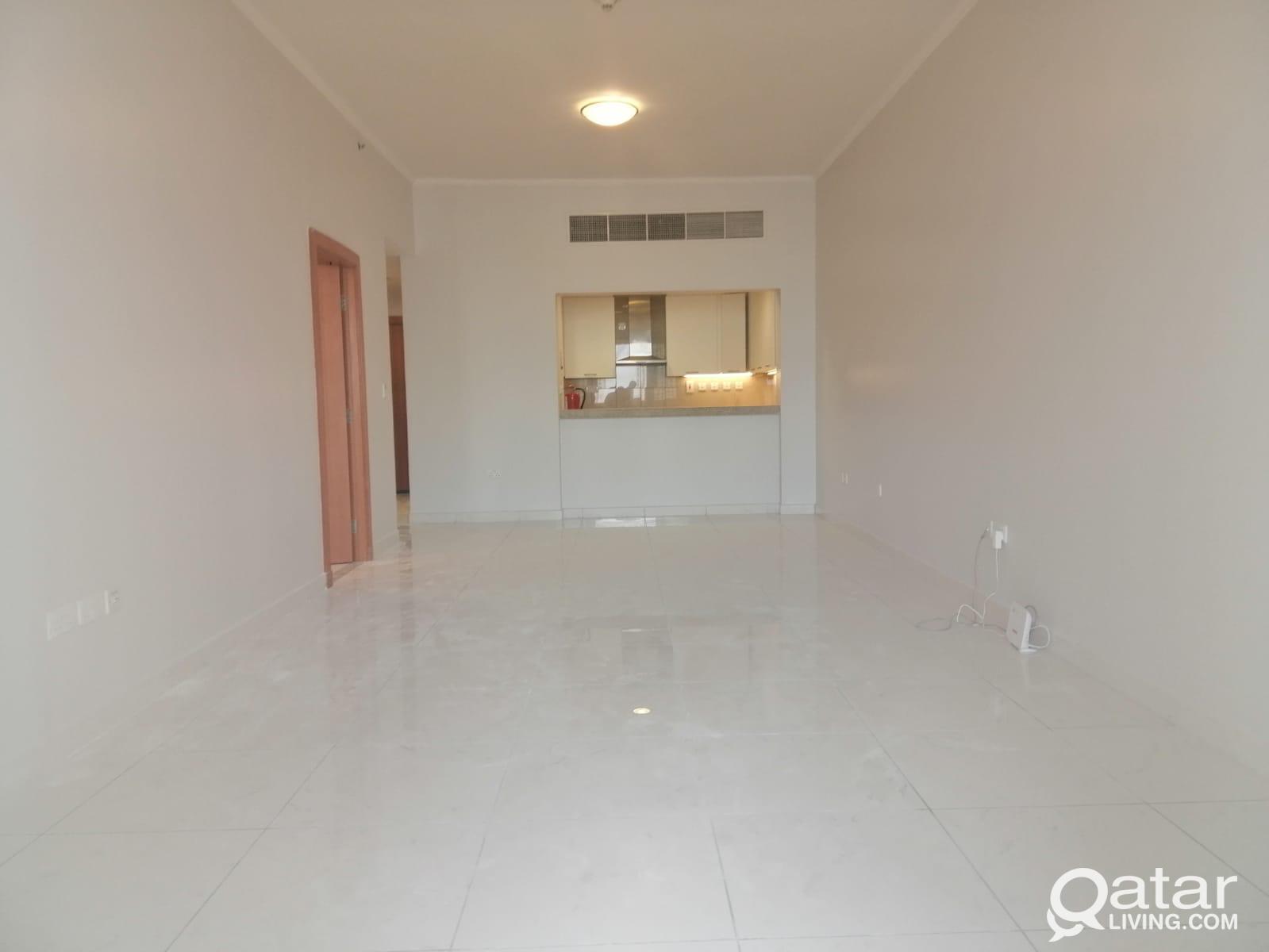Pearl  viva bahria  26 th floor seaview  2 bhk  se
