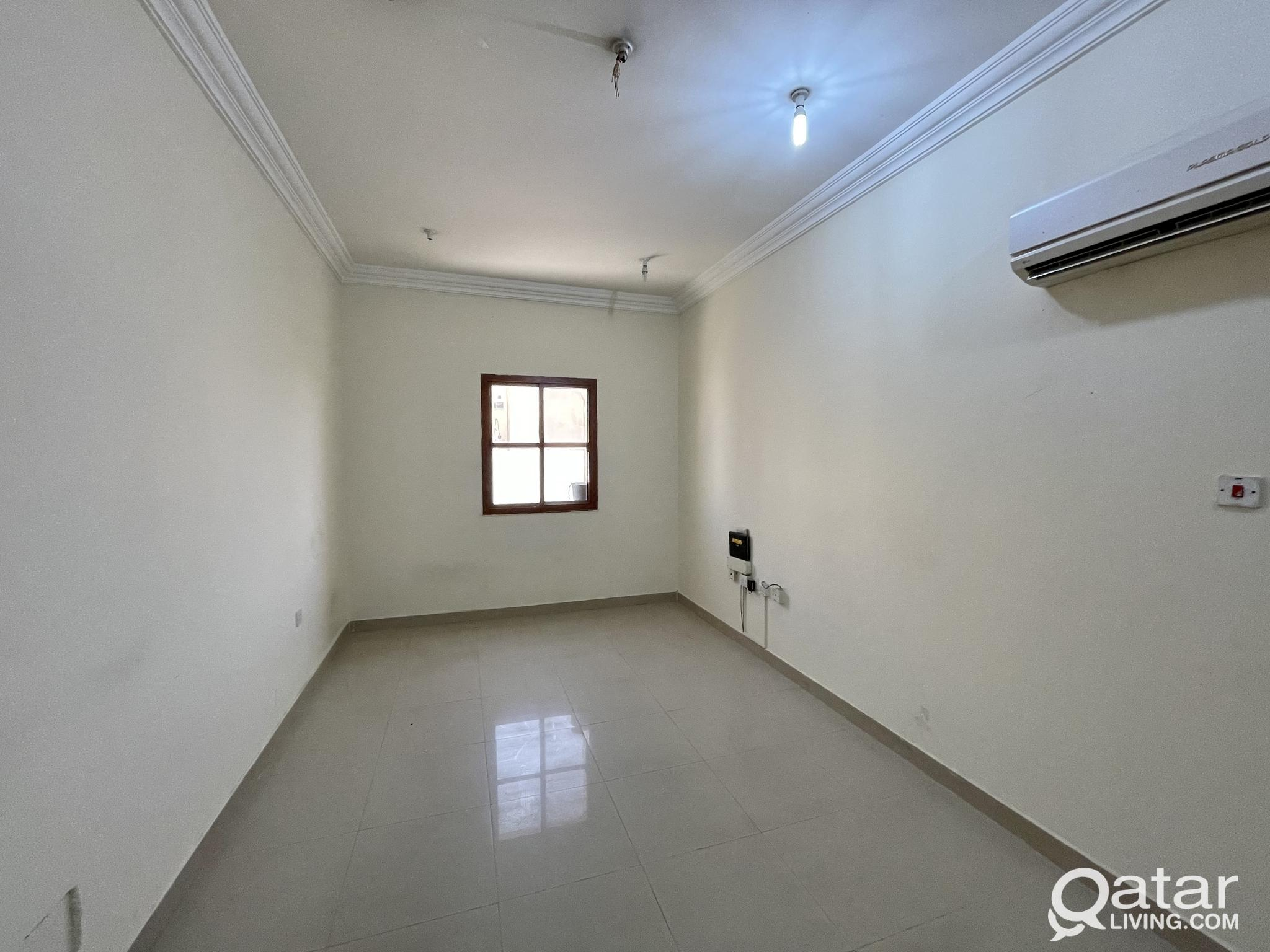 !! UNFURNISHED SPACIOUS 2 BED ROOM FLATS AVAILABLE