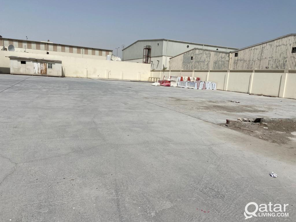 800SQUARE METER STORE WITH 3000S.Q.M LAND&19 ROOMS