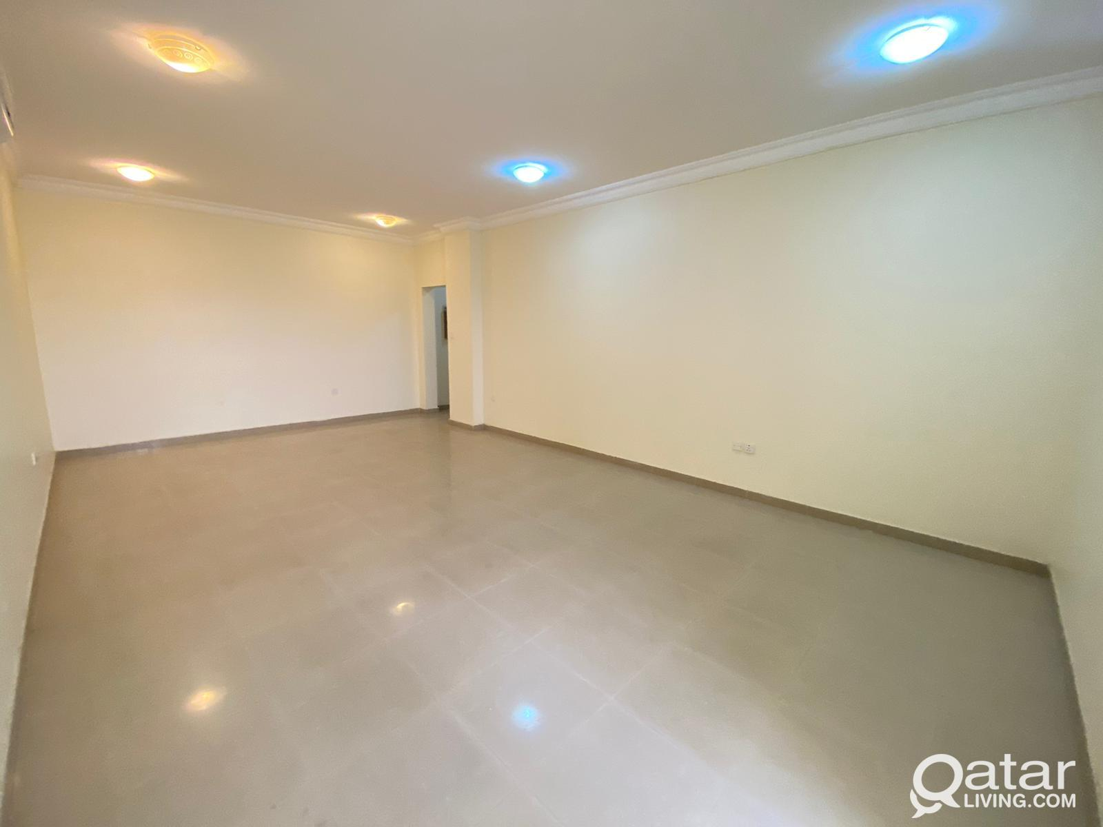 Super Spacious 2BHK with Balcony in Wakra near Met