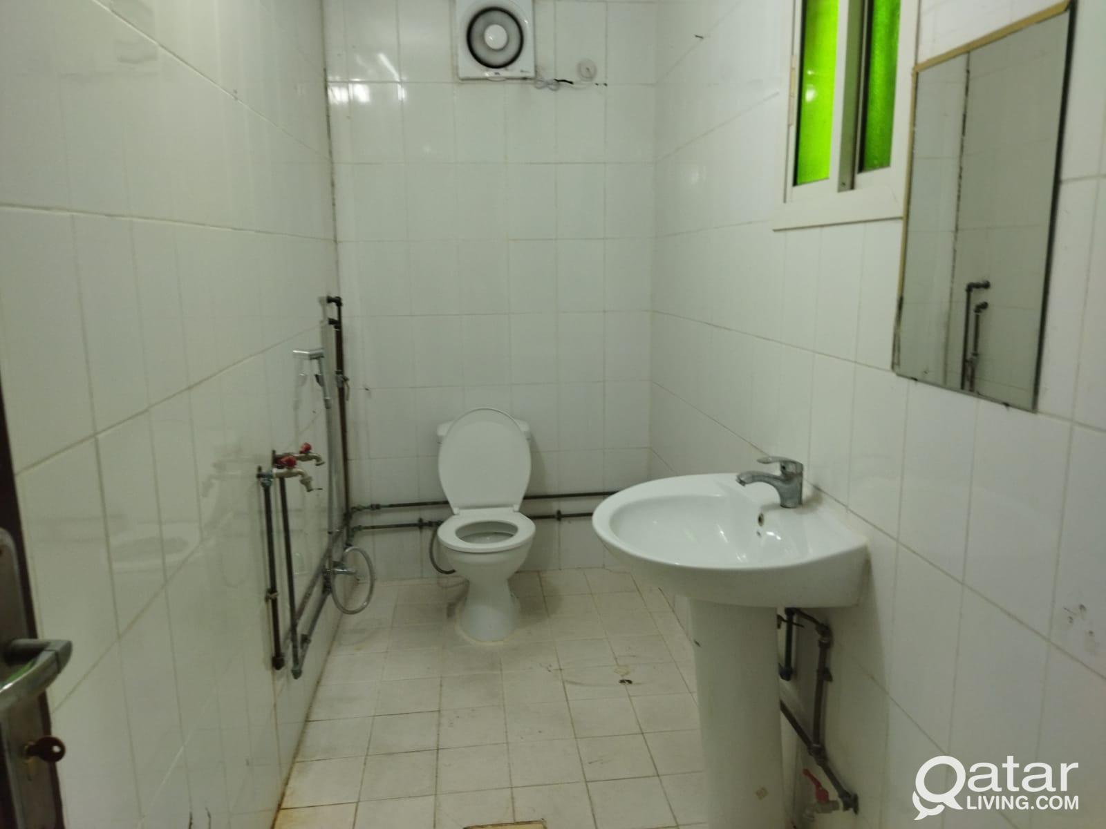 Hot Offer - Spacious 2 BHK Apartment For Rent @Naj
