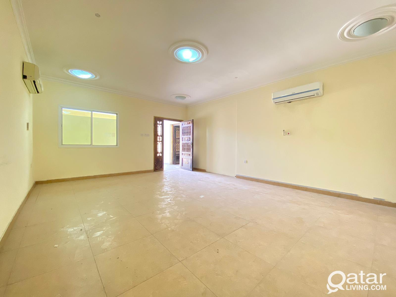 Spacious Ground Floor 1Bhk For Family In Old Airpo