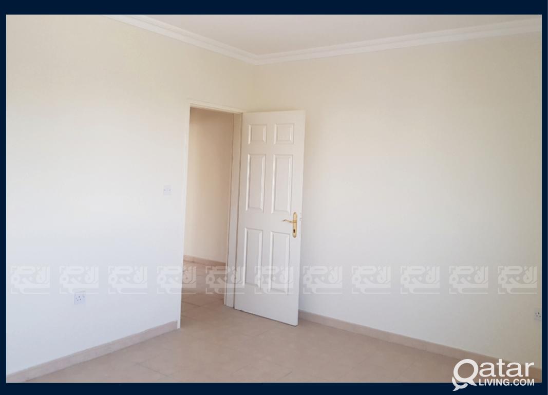 SF 3-bedrooms Villa in Al Luqtat