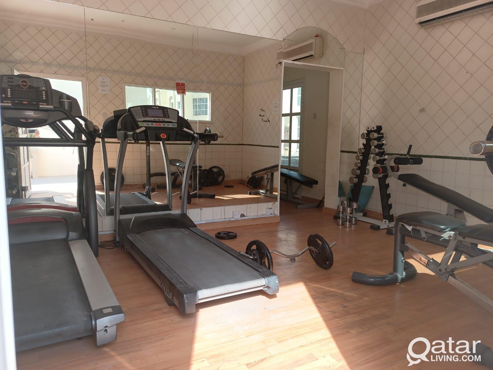5 bhk compound villa for rent in  Al wakra