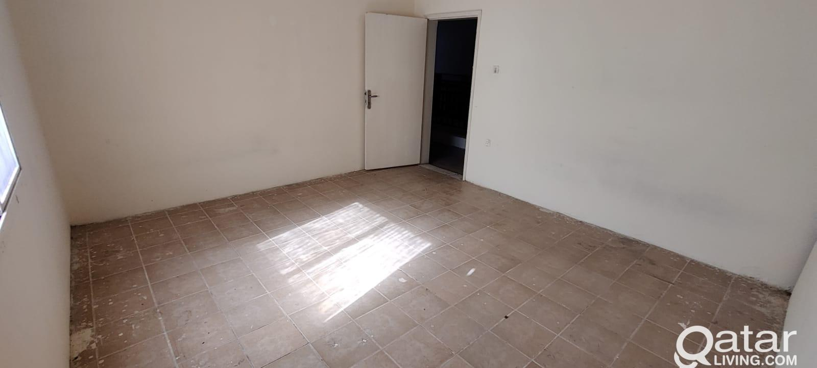 72 Spacious Room - Labor Camp For Rent