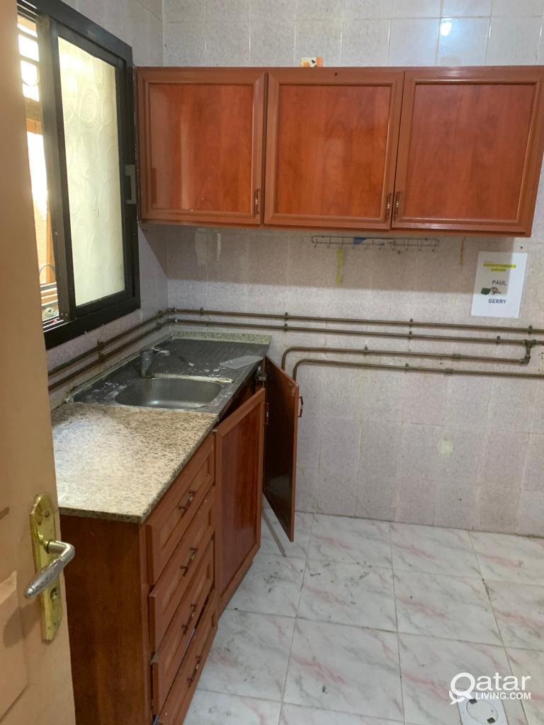 4 bhk Flat for rent in hilal for family